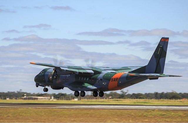 Aeronave da FAB auxilias nas buscas no Pantanal, em Mato Grosso — Foto: FAB/Divulgação.