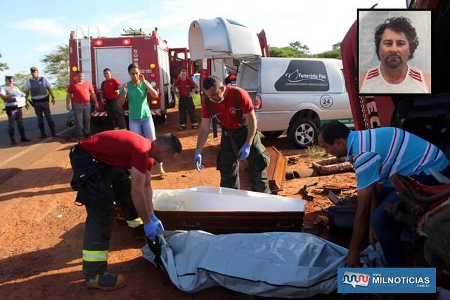 """O motorista Aparecido Batista de Barros, o """"Cido"""" (detalhe), de 44 anos, morreu na hora. Foto: MANOEL MESSIAS/Mil Noticias"""