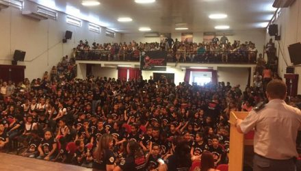 Solenidade contou com a presença dos alunos, seus familiares, professores e diretores da Rede de Ensino, além dos PMs instrutores. Fotos: DIVULGAÇÃO/PMESP