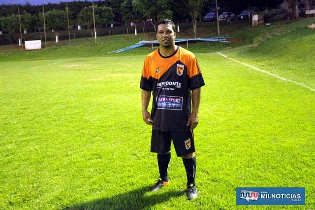 Edinho (Safira Sport), foi o artilheiro do torneio com dois gols marcados. Foto: MANOEL MESSIAS/Mil Noticias