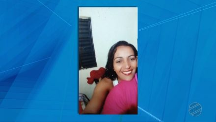Solange Almeida, de 35 anos, está internada após ser esfaqueada no pescoço — Foto: TVCA/Reprodução.