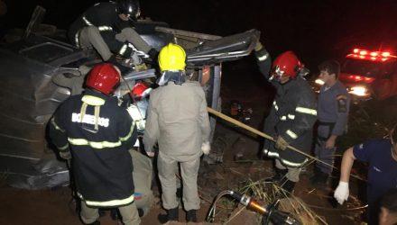 Casal morreu na noite dessa quinta-feira (13) em um acidente na MT-480, na Serra de Deciolândia, em Tangará da Serra — Foto: Tangará em foco.