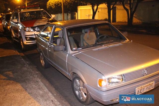 Veículo VW Gol ocupado pelos quatro suspeitos foi apreendido pela Polícia Civil. Foto: MANOEL MESSIAS/Agência