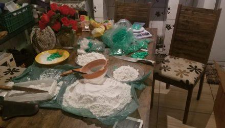 Polícia apreendeu pouco mais de 2 kg de cocaína em Piracicaba — Foto: Polícia Militar.