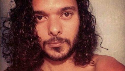 Ator e o professor de teatro Simão Cunha — Foto: Reprodução/TV Cabo Branco.