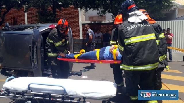 Mulher grávida de aproximadamente 6 meses sofreu apenas contusões pelo corpo devido o 'tranco' do cinto de segurança. Bebe passa bem. Foto: MANOEL MESSIAS/Mil Noticias