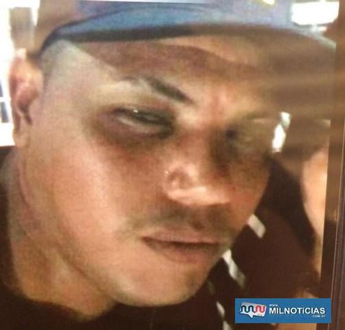 Daniel Gaspar Barbosa, foragido da penitenciária e suspeito de matar a adolescente.  Foto: Reprodução