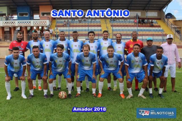 Equipe do Santo Antônio (azul e branco) é finalista do Amador 2018. Fotos: MANOEL MESSIAS/Agência