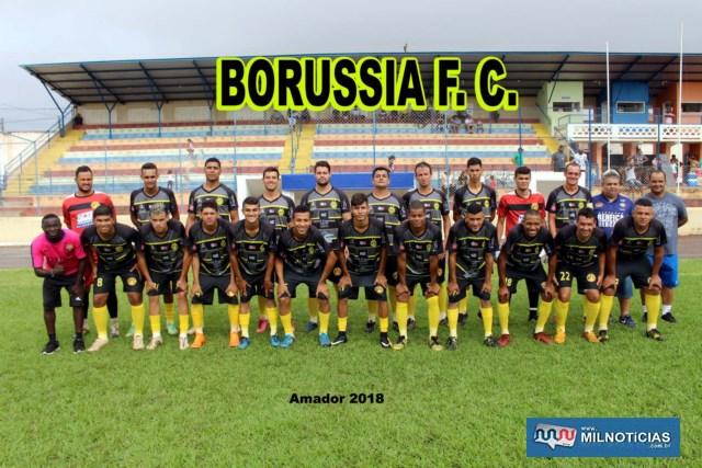 Borussia (preto e amarelo)até se esforçou, mas não foi páreo para o Santo Antônio. Foto: MANOEL MESSIAS/Agência