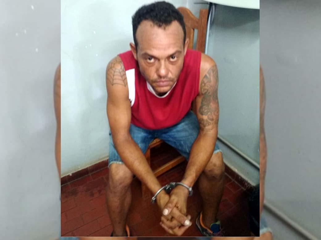 Marcelo de Freitas, de 36, é namorado do travesti. Foto: DIVULGAÇÃO