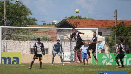 Ponte Preta (uniforme preto), goleou Ceilândia/DF, por 5 a 1 e se classificou na Copinha. Foto: MANOEL MESSIAS/Mil Noticias