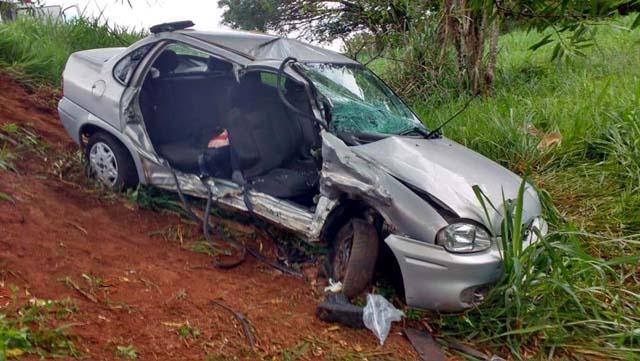 Mulher morre após colisão frontal em rodovia de Ubarana — Foto: J. Serafim/Divulgação