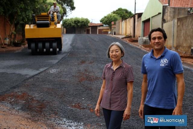 Ruas 33 e 32 estão sendo asfaltadas no bairro Gasparelli. Foto: Secom/Prefeitura
