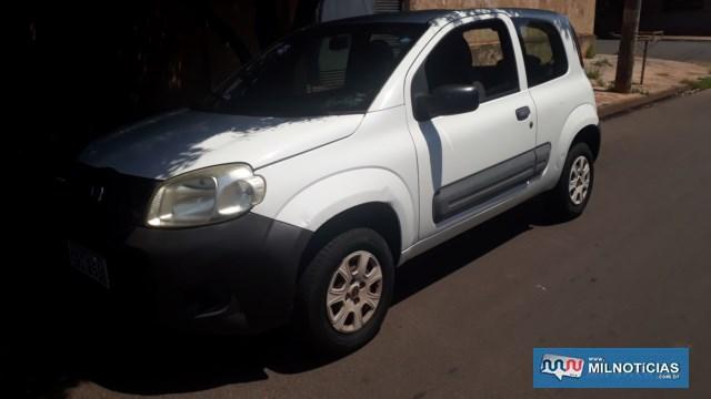 Fiat Uno vivace sofreu afundamento do parachoque dianteiro, que é de uma espécie de plástico. Foto: MANOEL MESSIAS/Agência