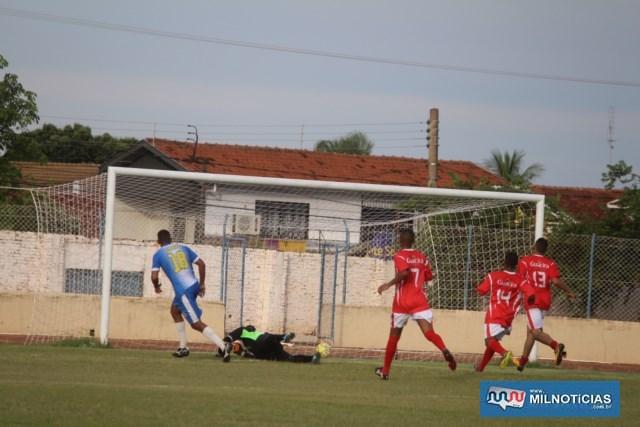 Primeiro, dos dois gols de Jefferson (18), do Santo Antônio. Foto: MANOEL MESSIAS/Mil Noticias