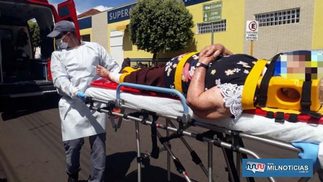 Idosa foi socorrida pelos bombeiros até a UPA – Unidade de Pronto Atendimento, medicada e liberada posteriormente. Foto: MANOEL MESSIAS/Agência