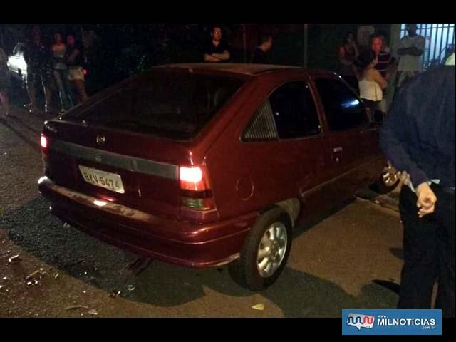 Acidente aconteceu quando motorista do Kadett entrava na garagem de sua casa. Foto: Arquivo familiar