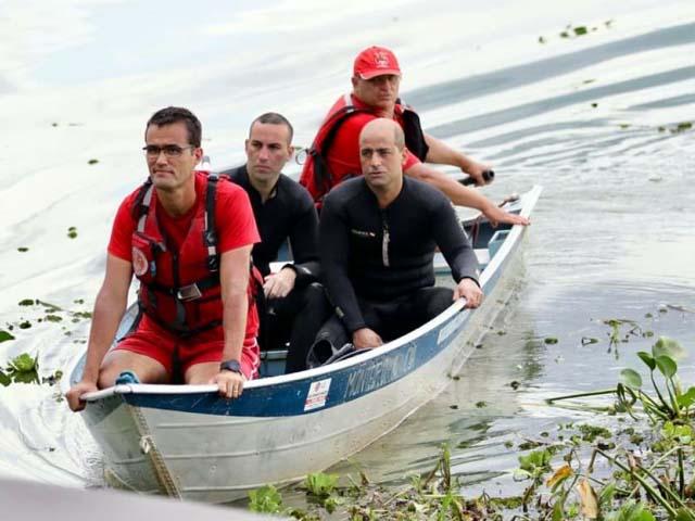 Oito oficiais do Corpo de Bombeiros de Lins, Bauru e Ibitinga trabalharam no resgate, em uma operação que durou sete horas. Foto: J. Serafim Show