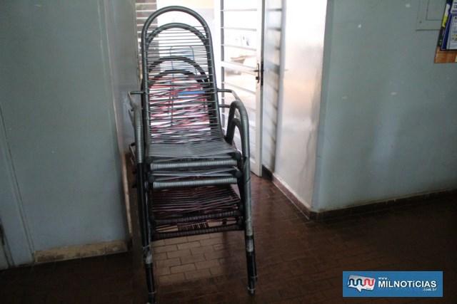 Cadeiras de área levadas de duas residências foram devolvidas às proprietárias. Foto: MANOEL MESSIAS/Agência