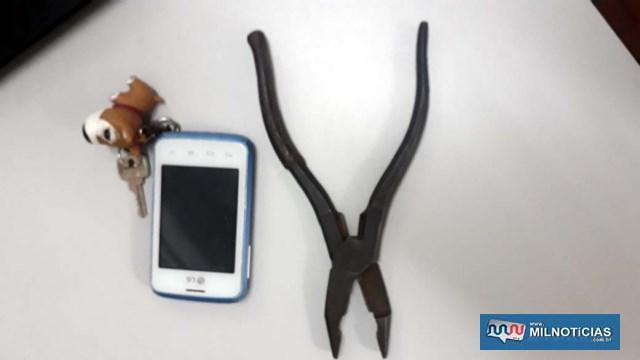 Foram apreendidos ainda um alicate usado pelo acusado para arrobar as casas e um telefone celular, que será objeto de perícia. Foto: MANOEL MESSIAS/Agência