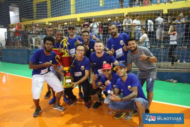 Muita alegria aos jogadores e comissão técnica do Vila Real. Foto: MANOEL MESSIAS