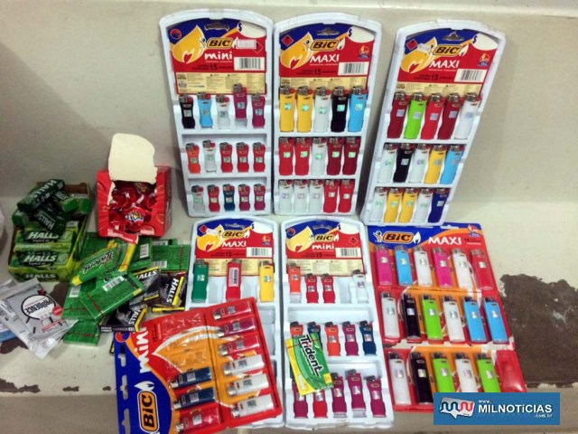 Foram recuperados diversos produtos que os acusados iriam furtar. Foto: MANOEL MESSIAS/Agência