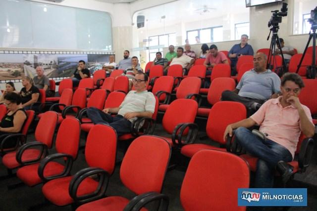 Público presente foi decepcionante pela importância da matéria sendo discutida e votada.