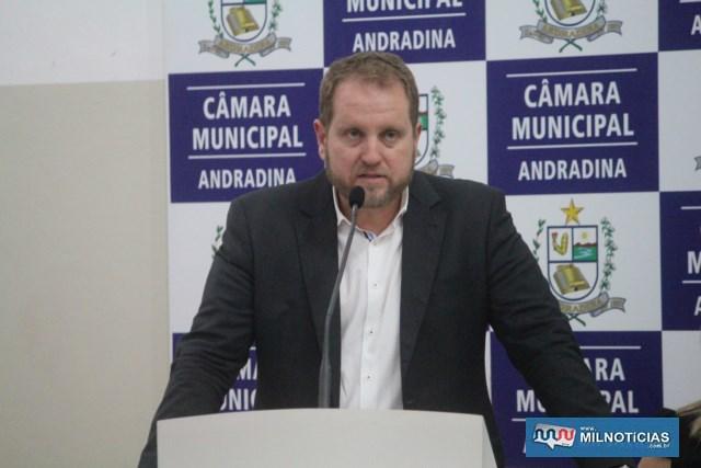 Gustavo Corazza usou a tribuna para explanar a defesa de seu cliente