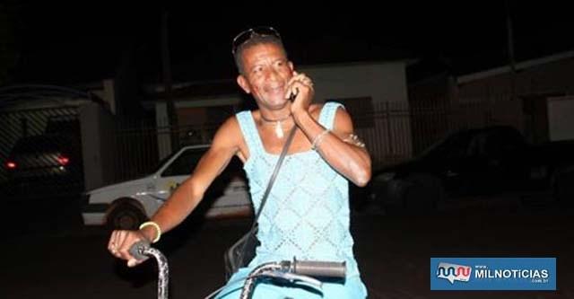 Vereador Mario Henrique Cardoso, o Mário Gay, na noite em que recebeu a noticia de sua eleição. Fotos: MANOEL MESSIAS/Mil Noticias