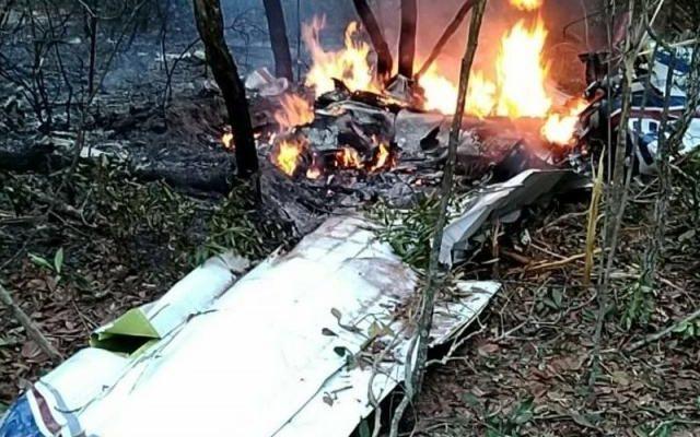 Queda de avião de aconteceu numa área de mata próximo ao Aeroporto Santa Maria, na saída para Três Lagoas. Foto: Campo Grande News