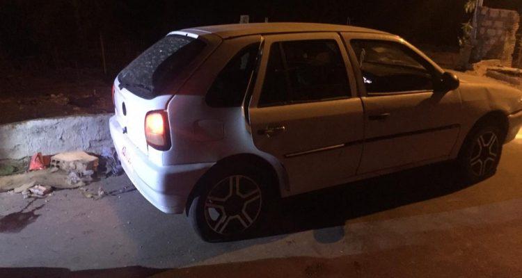 Polícia alega que eles estavam em atitude suspeita e se recusaram a parar — Foto: PM-MT/ Divulgação.