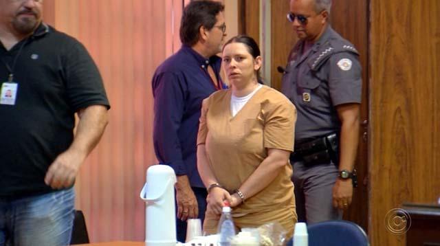 Andressa chega para o julgamento em Rio Preto — Foto: Reprodução/TV TEM