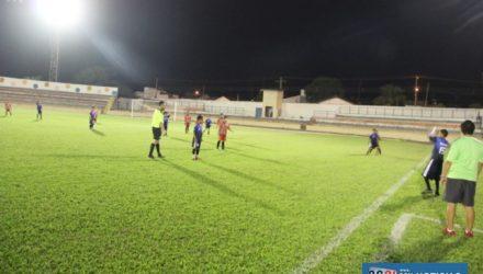 Bola rola no Estádio Municipal e no campo do Basílio. Foto: Secom/Prefeitura
