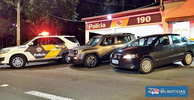 Prisão dos acusados e apreensão dos veículos foi realizada por uma equipe do TOR – Tático Ostensivo Rodoviário. Foto: DIVULGAÇÃO/PMRv