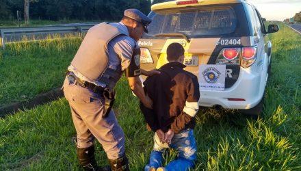 Homem é preso suspeito de tráfico de drogas em rodovia de Araçatuba — Foto: Arquivo Pessoal