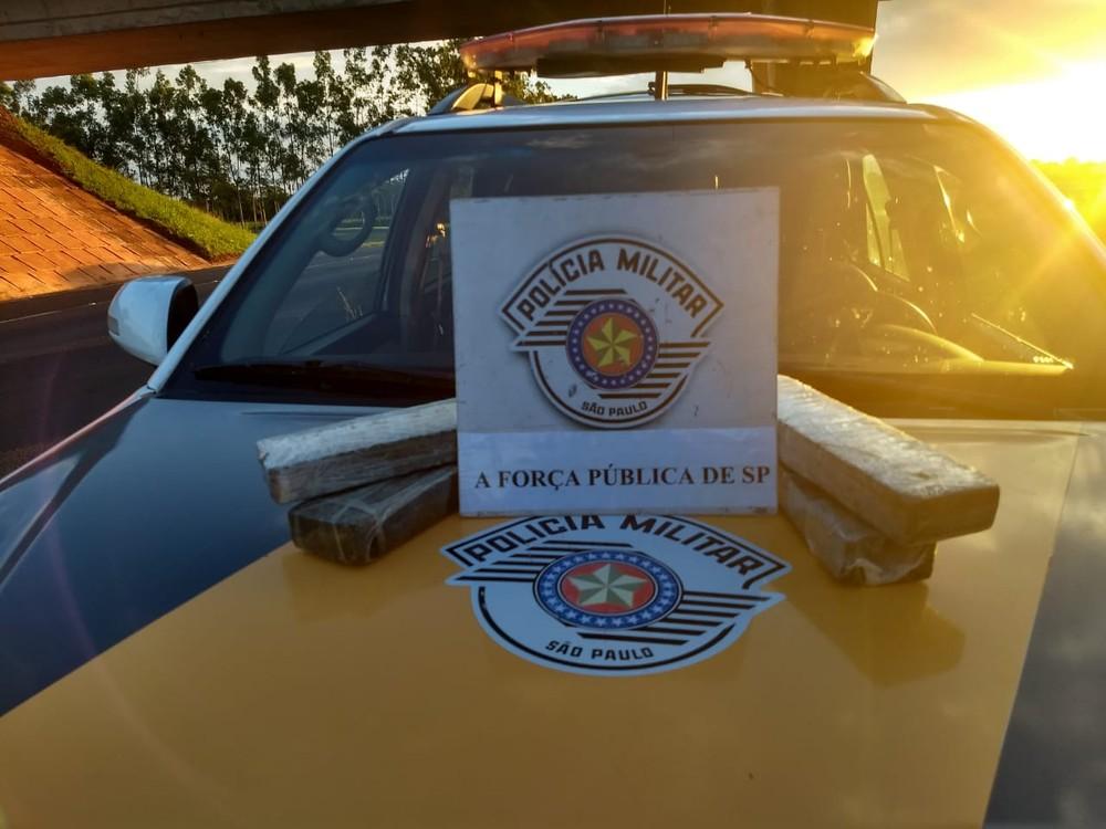 Quatro quilos de maconha foram apreendidos em Araçatuba — Foto: Arquivo Pessoal