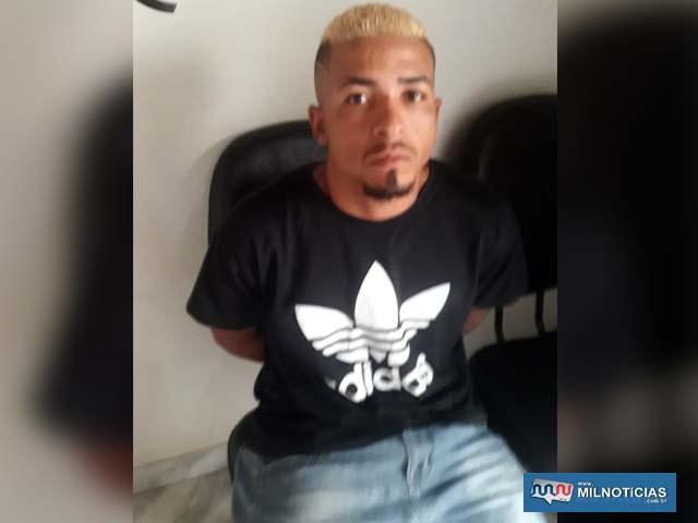 Washington do Carmo ou Washington Barbosa de Queiroz, quando foi detido por furto de celular em garagem de Andradina. Foto: DIVULGAÇÃO
