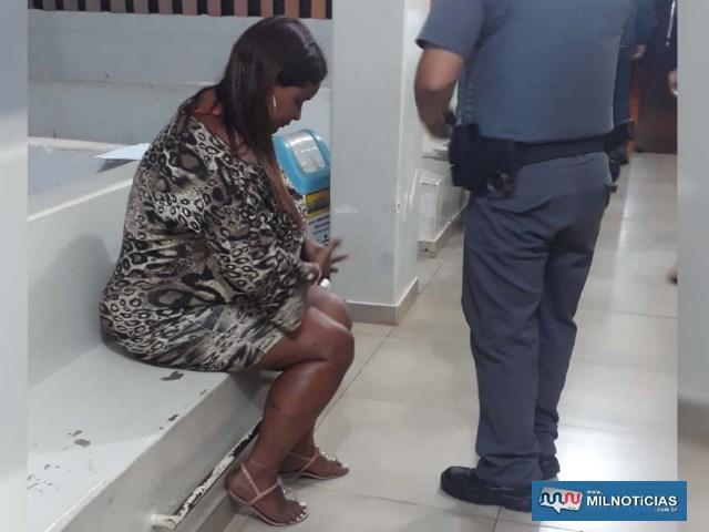 Mulher que mora no conjunto habitacional Quinta dos Castanheiras também foi indiciada pelo mesmo crime. FOTO: MANOEL MESSIAS/Agência