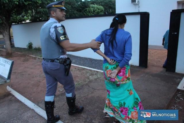 Vendedora foi indiciada por tráfico de entorpecente e permaneceu à disposição da justiça. Foto: MANOEL MESSIAS/Agência