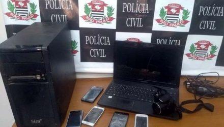 Celulares e computadores foram apreendidos pela Polícia Civil — Foto: Divulgação/Polícia Civil