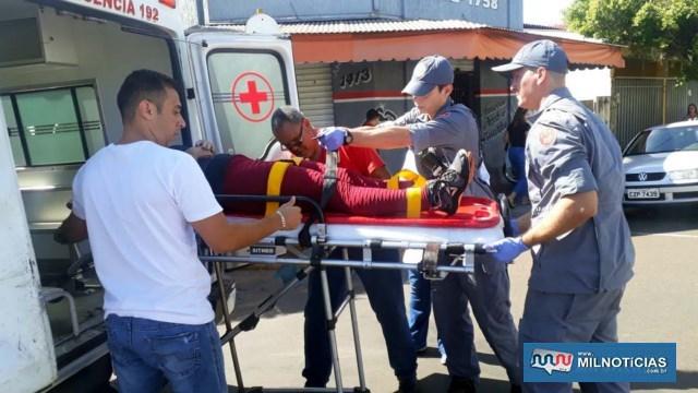 Auxiliar de cozinha sofreu escoriações pelo corpo, forte contusão na canela da perna esquerda e ferimento na nádega ao cair no asfalto. Foto: MANOEL MESSIAS/Agência
