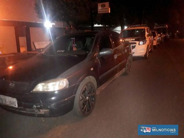 GM Astra teve quebrado o farol de milha e danos no parachoque dianteiro, todos do lado esquerdo. Foto: MANOEL MESSIAS/Agência