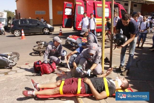 Operário do frigorífico sofreu escoriações pelo corpo e foi socorrido pelo serviço de ambulância do município. Foto: MANOEL MESSIAS/Agência