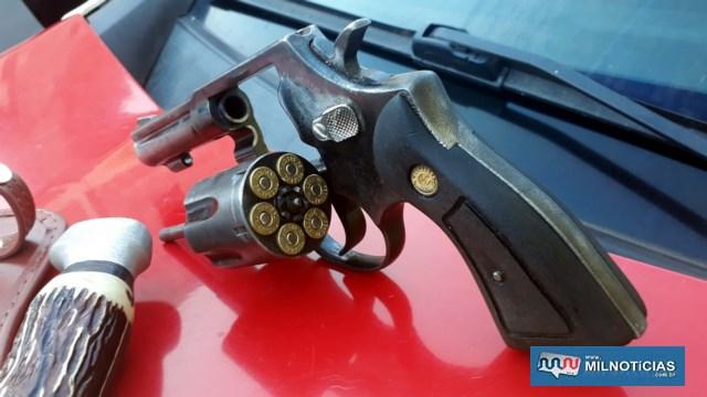 Revólver calibre .38mm, com seis munições, usado pelos criminosos. Foto: MANOEL MESSIAS/Agência