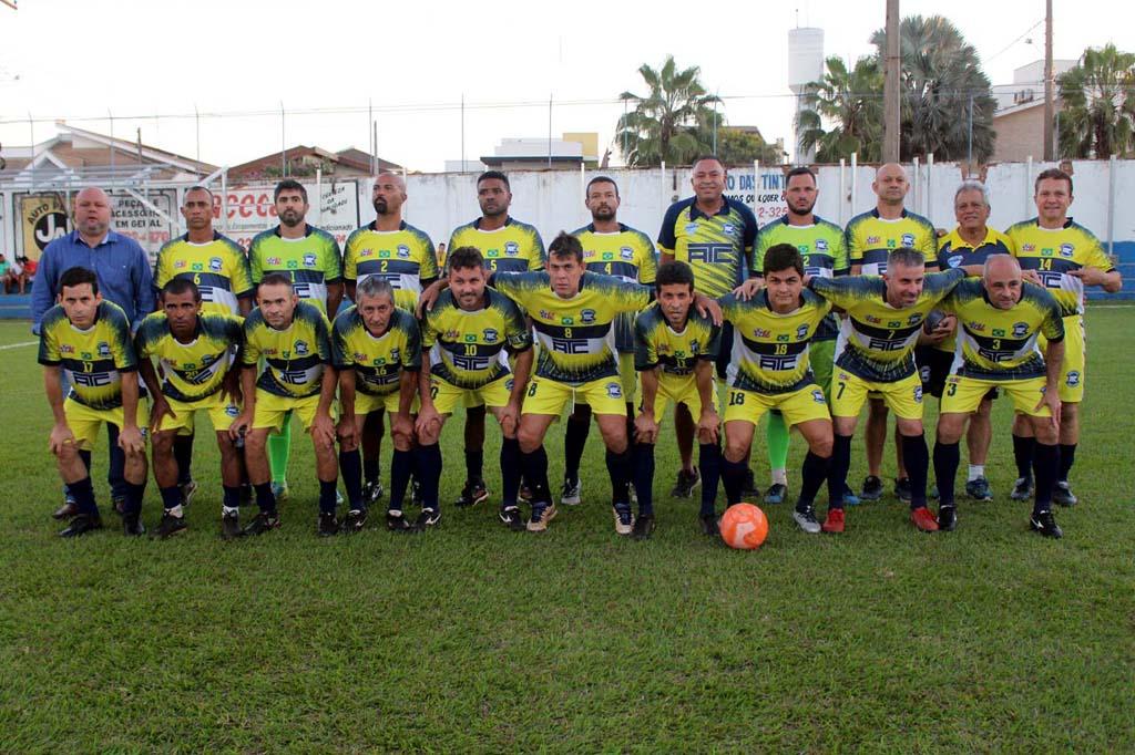 Equipe do Andradina Tênis Clube. Foto: MANOEL MESSIAS/Mil Noticias