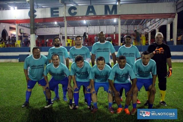 Dogão Lanches (foto), suou a camisa para vencer por 1 a 0 seu adversário na estréia. Foto: MANOEL MESSIAS/Agência