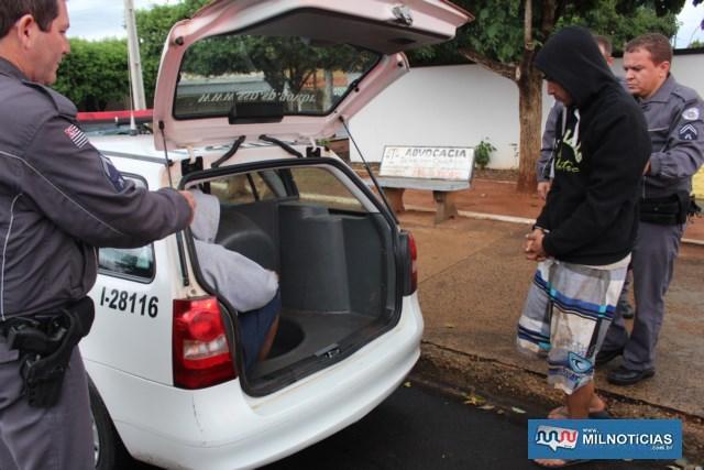 José Henrique Rodrigues de Mello Alves, de 25 anos, residente no bairro Amandaba, já tem passagem por furto de motocicleta. Fotos: MANOEL MESSIAS/Agência