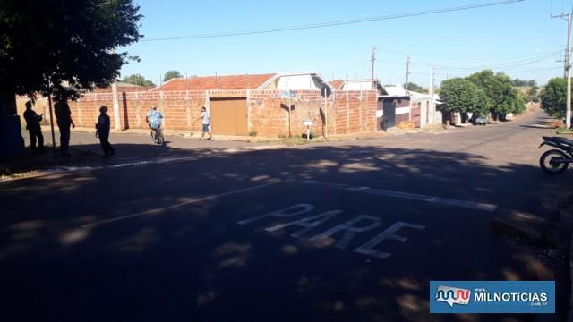 Crime aconteceu no cruzamento das antigas ruas 11 x 28, no bairro Gasparelli. Foto: MANOEL MESSIAS/Agência