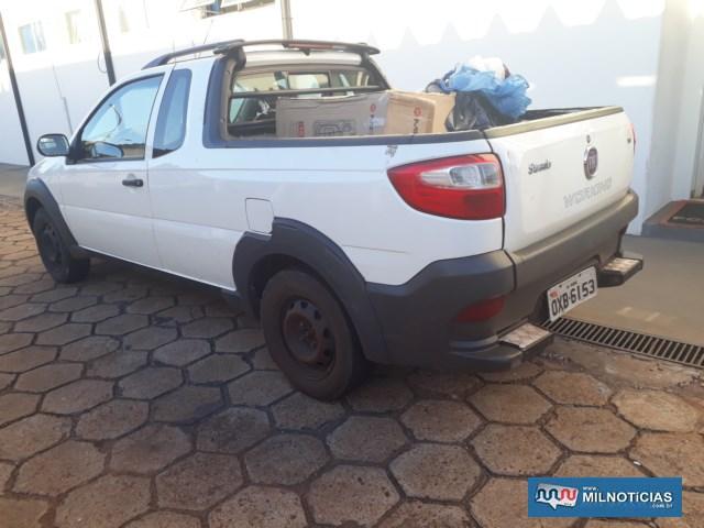 Picape Fiat Strada, com placa de Muriaé/MG, foi apreendida pela Polícia Civil. Foto: DIVULGAÇÃO/PMRv