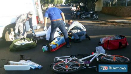 Ciclista sofreu contusão na perna direita e escoriações pelo corpo, felizmente leves, foi medicado e liberado posteriormente. FOTO: MANOEL MESSIAS/Agência